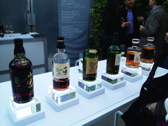 Suntory whiskys